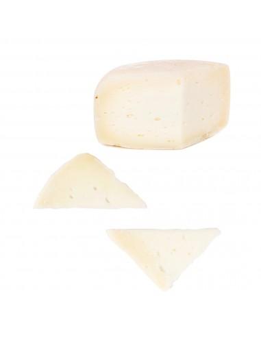 Pecorino cheese with Lemon