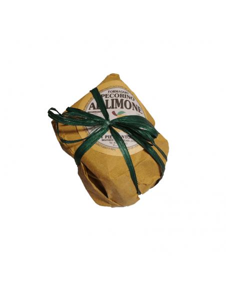 Confezione dello spicchio di pecorino al limone