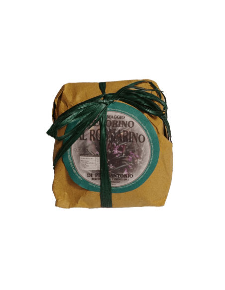 Confezione dello spicchio di pecorino al rosmarino