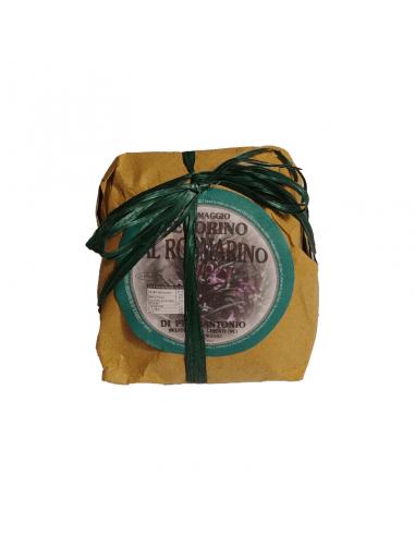 Confezione dello spicchio di pecorino al pistacchio